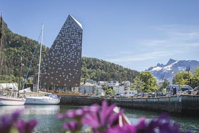 Tindesenteret Åndalsnes Sommer Nordvest